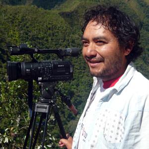 Edward Valenzuela Gil, Secrétaire des Relations Publiques et de l'Information